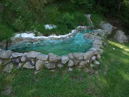 Bauanleitung Teich aus Natursteinen